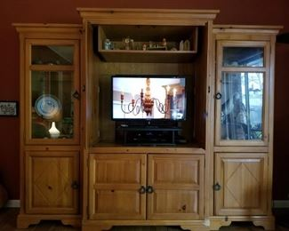 TV Cabinet with glass door displays