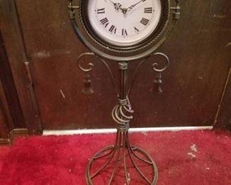 Clock in Antique Bronze Metal Stand