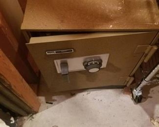 Montgomery Ward Fire Resistant Safe No Combo