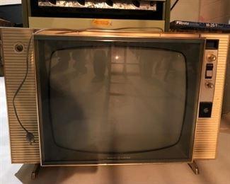 Antique General Electric Television Set