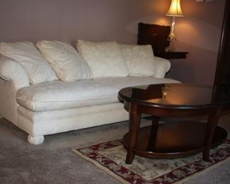 Newer sofa, coffee table (pristine condition) Hickory Hill