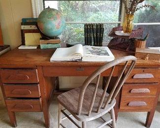 Solid oak large  desk