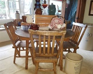 primitive dining room table & 4 chairs - made without nails!