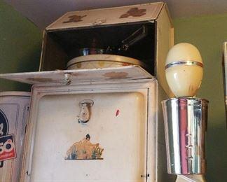 old tin bread keeper and shake machine