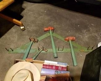 Made In Elgin hammer set with bracket