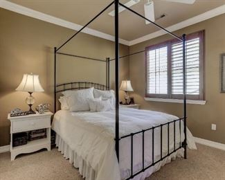 Pottery Barn Iron Canopy bed (mattress not included) Queen size