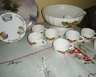 Holt Howard Punch Set In  Fine Condition