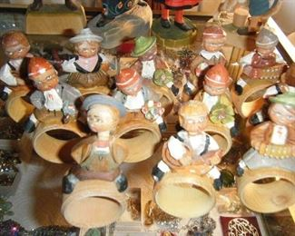Nodders made in Italy.Set of 12.