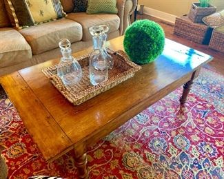 Rustic coffee table and set of glass decanters