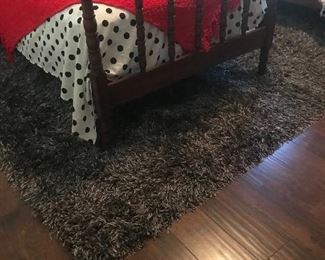 Black/white fun rug