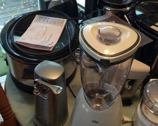 Over 25 kitchen small appliances Cuisinart, Kuerig (Many in Box) Higher End Products