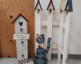 Wooden Stand Up Décor Pieces - Birdhouses, Cat…