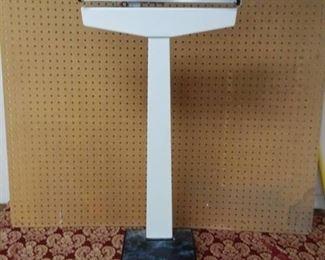 Floor Model Bathroom Scale