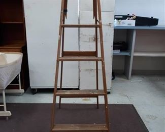 Keller Wood Step Ladder