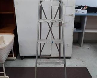 Underwriters Labs Tall Metal Step Ladder