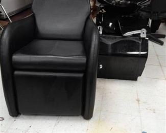 Recliner Chair and Freestanding Shampoo Station