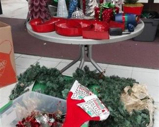 Large Lot of Christmas Trees, Decorations, Wreaths - Like New