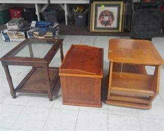 Lot of 3 End Tables