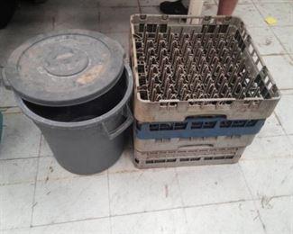 Plastic Trash Recepticle and Four Dishwasher Racks