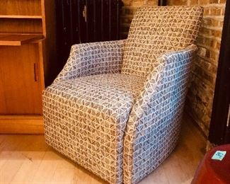 Mint Dania Chair