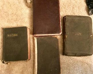 "Bibles: ""1885"" New Testament, The Master Bible ""1947"", Oxford SS. Teachers Edition (printed in England), Bible with maps ""1910"""