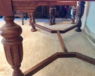Oak dining room table