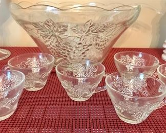 Punch bowl and 30 cups with grape motifs