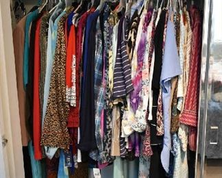 WOMEN'S CLOTHING-SIZE XL