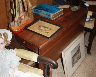 Vintage drop leaf table with drawer
