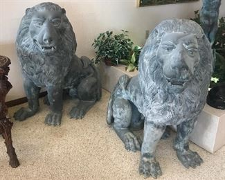 Life size! bronze pair of  lions