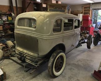 1934 Ford 4 door, we have what we believe to be a complete vehicle, including engine.