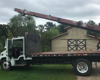 2000 Freightliner FL60 Flatbed truck -129,000 miles, Caterpillar Diesel Engine, Cleasby 24ft. Belt Drive, Gross vehicle weight is less than 25,000 lbs. so no CDL required, Automatic, 2 Speed, Elec PTO, Hydraulic, Great tires,