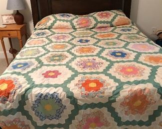 1930's handsewn quilt top Grandmother's Flower Garden