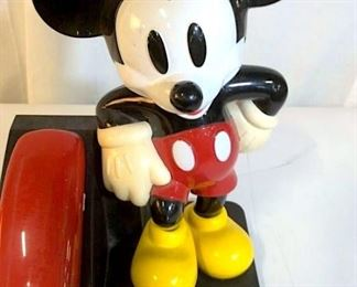 https://www.liveauctioneers.com/item/76226588_vintage-and-collectible-micky-mouse-pushbutton-phone
