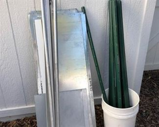 Magnetic Board Stakes