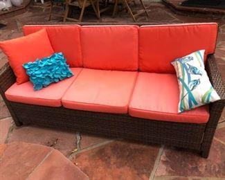 Wicker Sofa w Cushions