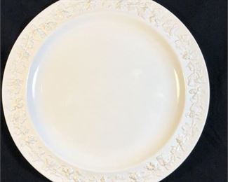 Lot 092 Set of 10 Wedgwood Queensware Cream on Cream Dinner Plates