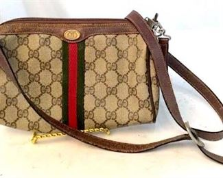 https://www.liveauctioneers.com/item/76545166_labeled-for-gucci-vintage-crossbody-bag