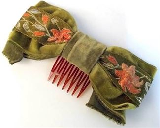 https://www.liveauctioneers.com/item/76545093_velveteen-fabric-embroidered-hair-accessory