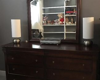Solid Cherry Virginia House Dresser and mirror