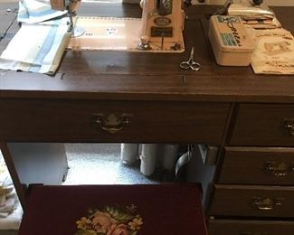 Vintage Pink Atlas Deluxe Electric sewing machine in wood cabinet Needlepoint stool