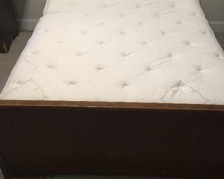 Electric Bed by Leggett & Platt with New Beautyrest Mattress