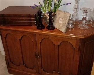 2 drawer wall cabinet