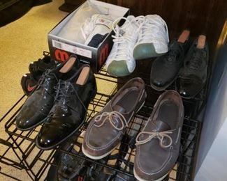 Men's shoes size 11/11.5