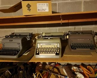 3 vintage typewriters - Royal and Smith-Corona