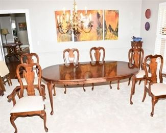 4. Mahogany Dining Room Table and Six Chairs