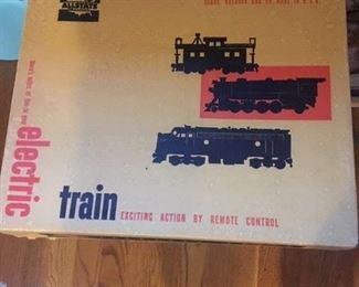 VINTAGE ALLSTATE ELECTRIC TRAIN SET
