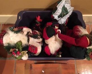 CHRISTMAS SANTAS AND NATIVITY SET