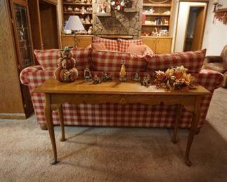 sofa table and decor