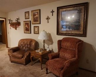 chairs, lamps, wall decor